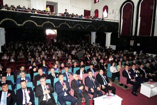 Mudanya 'da İstiklal Marşının kabulünün 97. yılı kutlandı