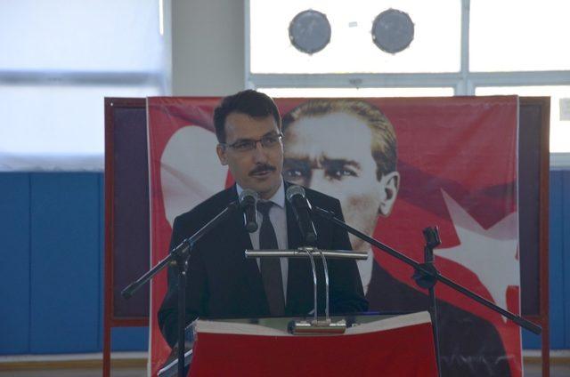 Kargı 'da Mehmet Akif Ersoy konulu konferans