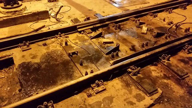 Topkapı'da tramvay raydan çıktı; seferler yapılamıyor (2)