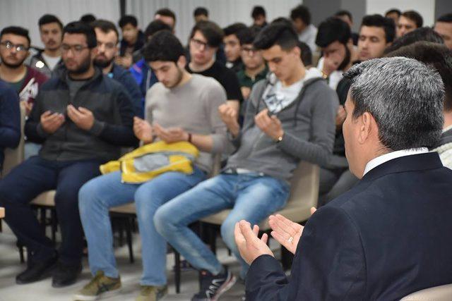 Milli Şair Mehmet Akif Ersoy Isparta 'da anıldı