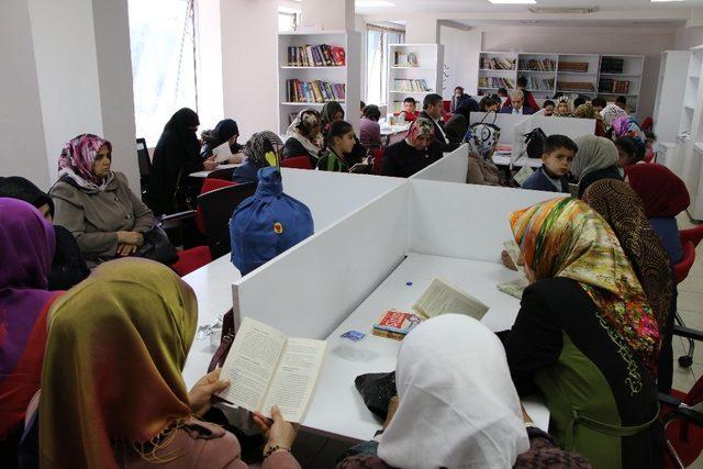 """Haliliye 'de """"Annemle okuyorum"""" projesi başlatıldı"""