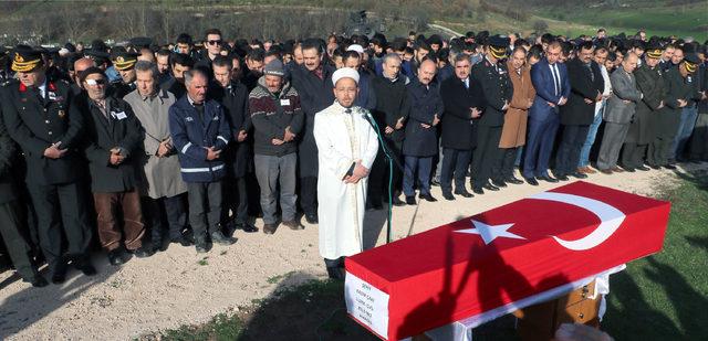 Amasya'da şehidi yaklaşık 7 bin kişi son yolculuğuna uğurladı