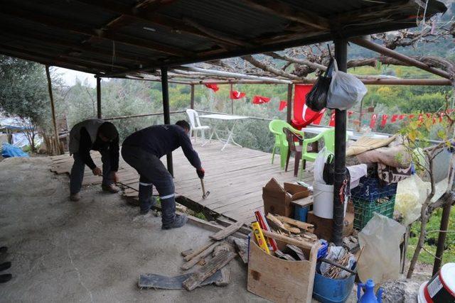 Mersin 'de şehit ailesinin evi yenilendi