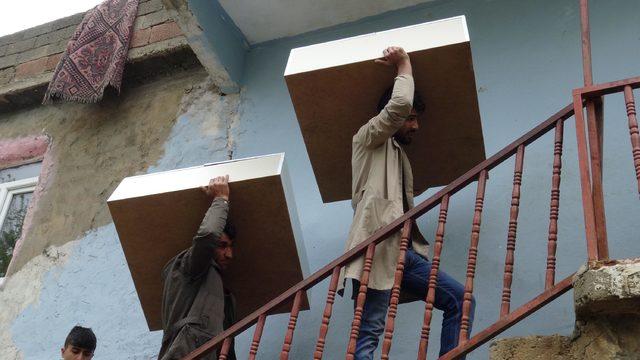 Meslek lisesi öğrencileri, ihtiyaç sahibi ailelerin evlerini onardı