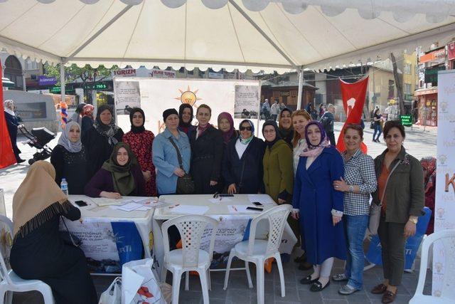 Vatandaşlar Afrin'deki Türk askerlerine duygularını yazdı