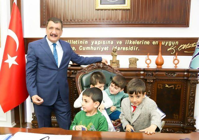 Başkan Gürkan, öğrenciler ile bir araya geldi