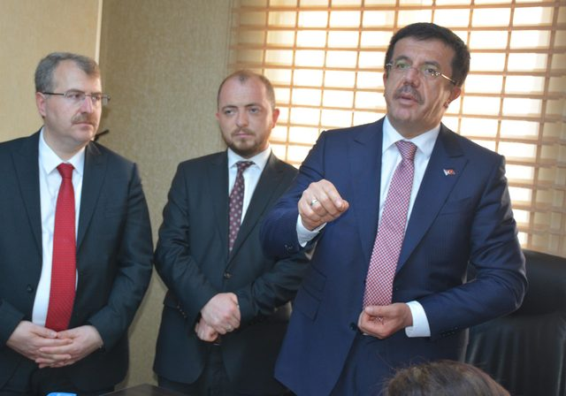 Zeybekci: Türkiye'nin spekülasyona seyirci kalması beklenemez (2)