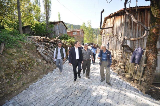 Başkan Kaya, çalışmaları inceleyerek vatandaşın kandilini kutladı
