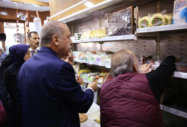 Cumhurbaşkanı Erdoğan şarküteriye girip alışveriş yaptı
