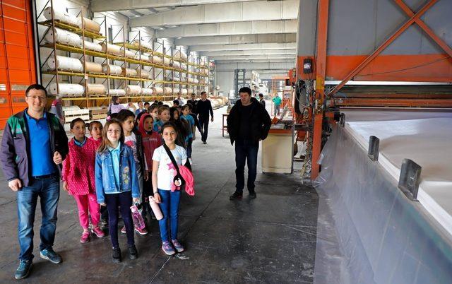 Divapan, 23 Nisan okulu öğrencilerini ağırladı