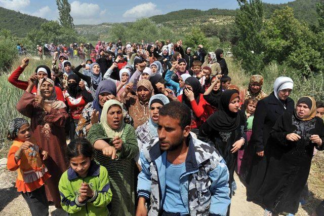 Mültecilerin durumu 'Göç ve Uyum Sempozyumu'nda konuşulacak