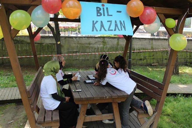 Düzce'de internet bağımlılığına karşı parkta oyun