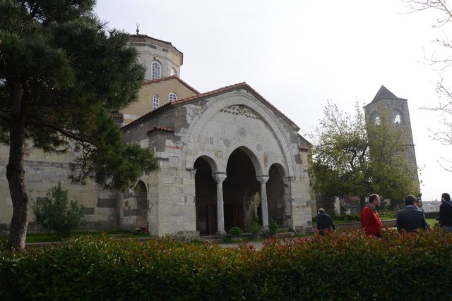 Trabzon'da camiye dönüştürülen Ayasofya'da müze tartışması