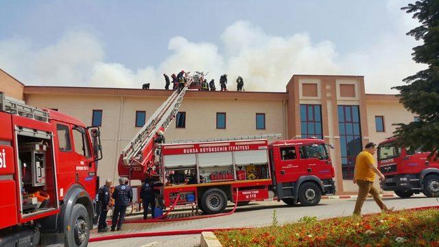 Hastanede çıkan yangında 112 hastanın tamamı tahliye edildi