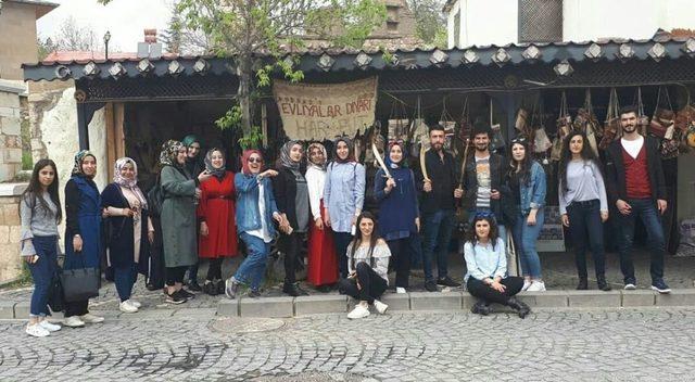 Bingöl'den gelen öğrenciler Elazığ'ı gezdi