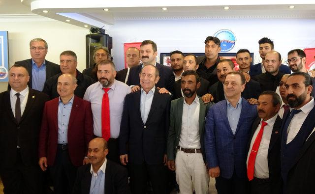 CHP'li Hamzaçebi Romanlar ile biraraya geldi