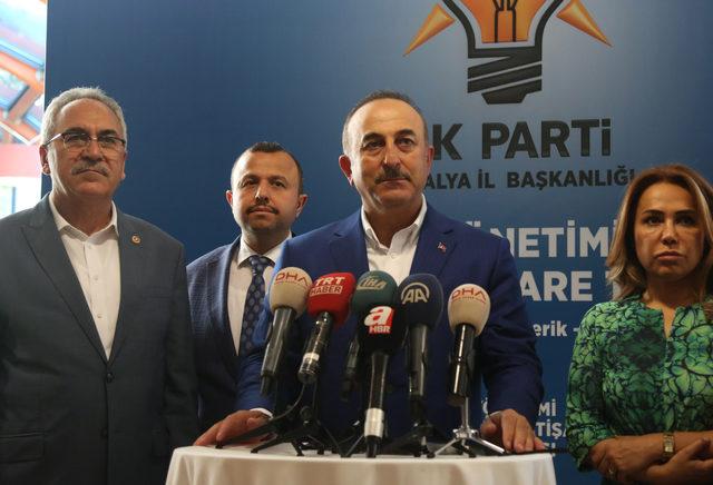 Çavuşoğlu: Müdahale, kimyasal silah kullanan rejime yönelikti