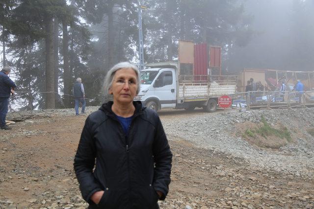 Cerattepe'de çevreciler 'orman işgali' sayılan nöbet kulübelerini kaldırdı