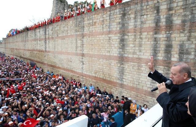 (fotoğraflar) Erdoğan: Ne işin var senin Hatay'da?