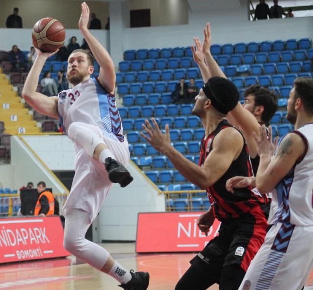 Trabzonspor-Eskişehir Basket: 73-86