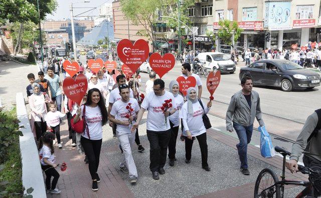 Kalpleri için yürüdüler