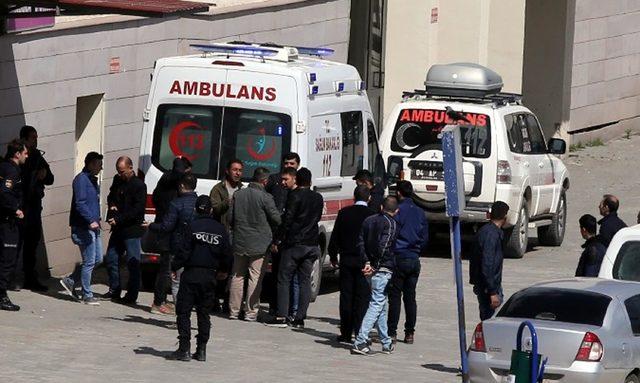 Türkiye-İran sınırında çatışma: 1 şehit, 6 yaralı
