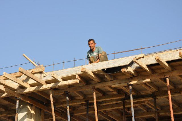 Datça'da sit alanındaki kaçak otel inşaatı sürüyor