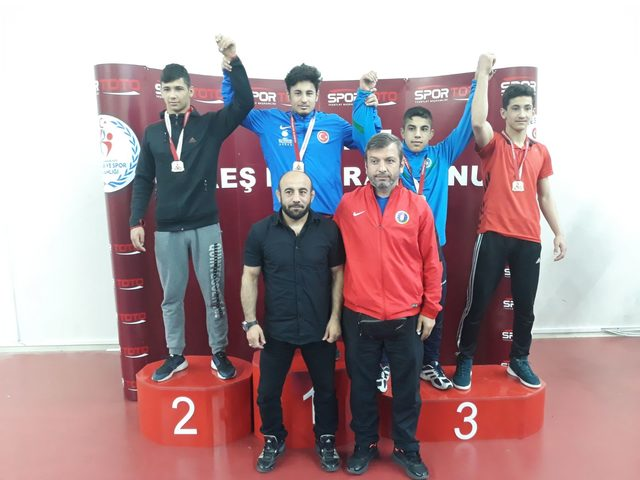 Sivas ve Eskişehir'de düzenlenen güreş şampiyonası sona erdi