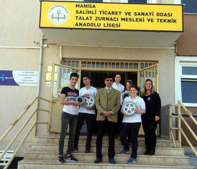 Liseli öğrencilerden yardım eli