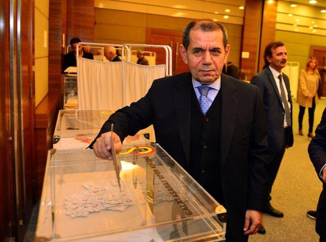 """Dursun Özbek: """"Şampiyonluk kupasını hep beraber kaldıracağız"""""""