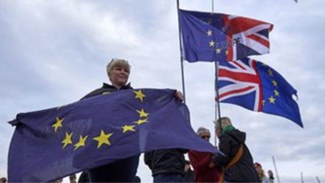 İngiltere'de AB'den çıkış anlaşması için referandum kampanyası başlatıldı
