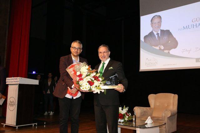 Prof. Dr. Mustafa Karataş Batmanlılarla buluştu