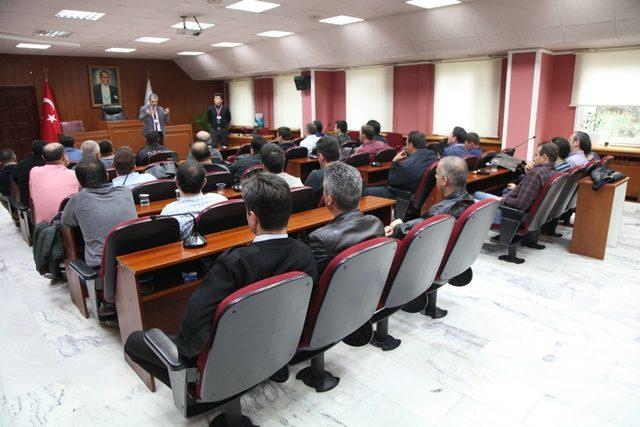 Emniyet Müdürlüğü'nden Odunpazarı Belediyesi güvenlik görevlilerine eğitim