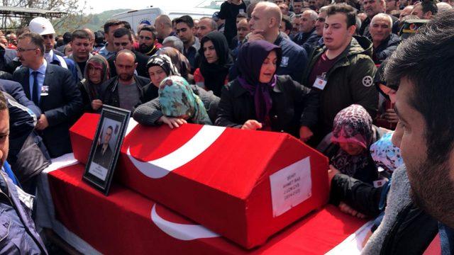 Şehit Uzman Çavuş, Karasu'da gözyaşlarıyla uğurlandı