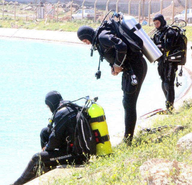 Kanala düşen kuzenlerden biri kurtarıldı, diğeri aranıyor