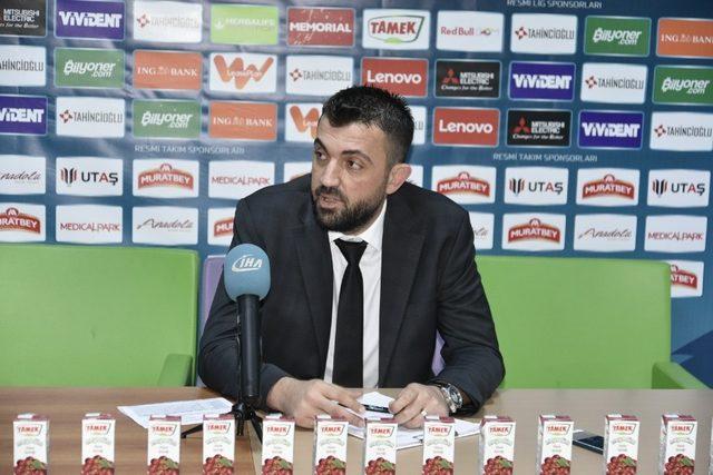 Oktay Mahmuti: