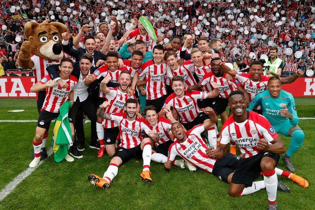 PSV Eindhoven, Ajax'ı devirip şampiyon oldu