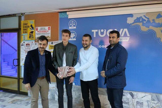 TÜGVA'da satranç turnuvası düzenlendi