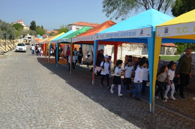 Festival öncesi Didim akınına uğradı