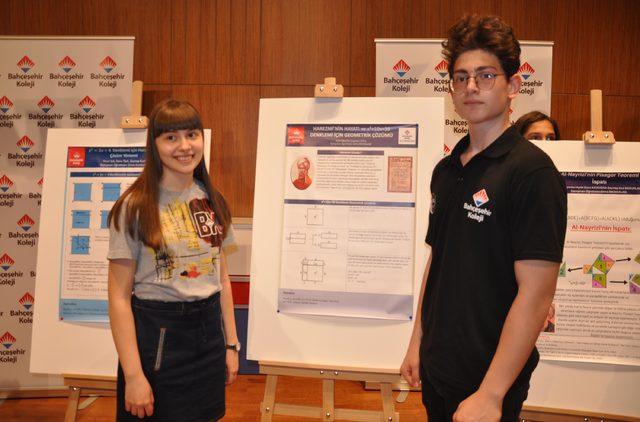 Matematik bilginlerinin çalışmaları İngiltere'de Bahçeşehir Koleji öğrencileri tarafından tanıtıldı