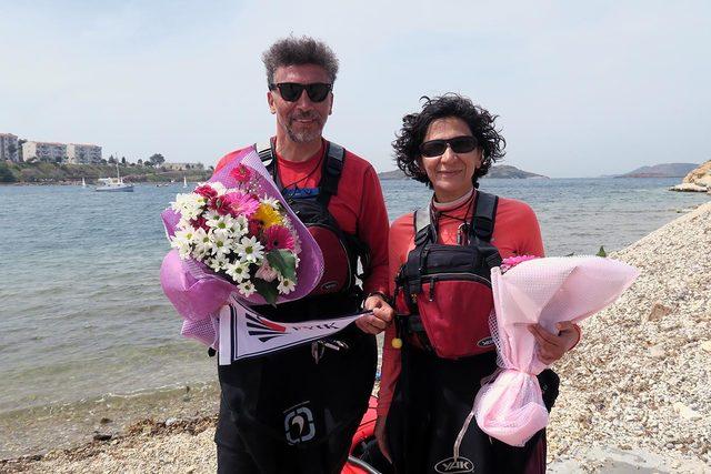 Şehitler için kanoyla İzmir'den Çanakkale'ye deniz yolculuğu