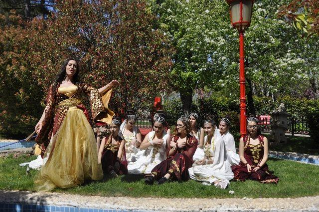 Öğrenciler, dev kadroyla İstanbul Efendisi Müzikalini sahneleyecek