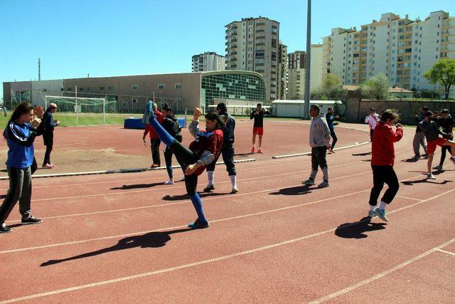 Mai Tai Milli Takımı Dünya Şampiyonası'na Kayseri'de hazırlanıyor
