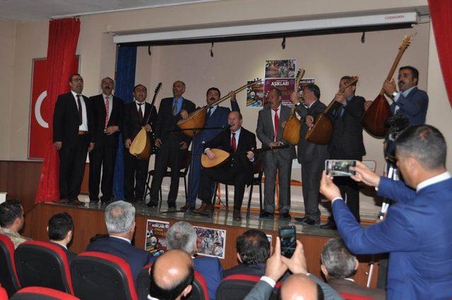 Arpaçay'da Aşıkları Anma programı düzenlendi