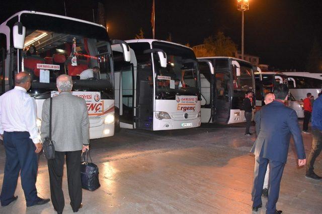 Bakkallar ve bayiler belediye desteği ile Çanakkale yolcusu