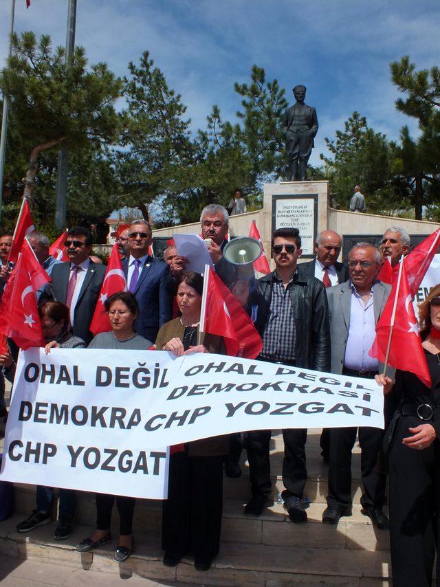 Yozgat'ta CHP il yönetimi oturma eylemi yaptı