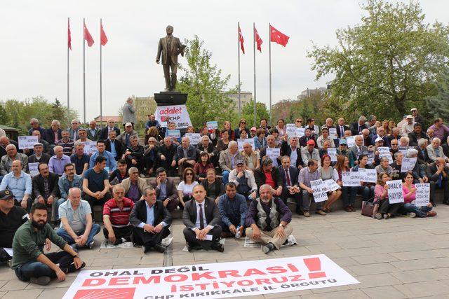 Kırıkkale'de CHP'den oturma eylemi