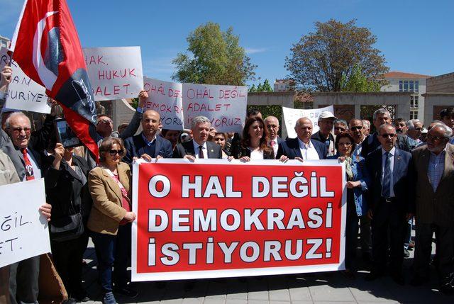 Kayseri'de CHP'den oturma eylemi