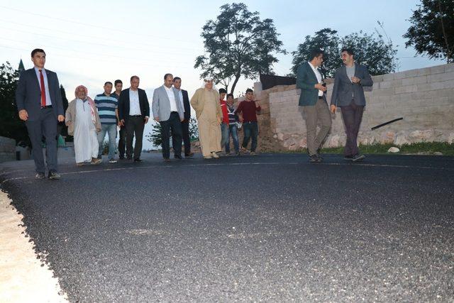 Şanlıurfa-Karaali yolunda asfaltlama çalışmaları sürüyor