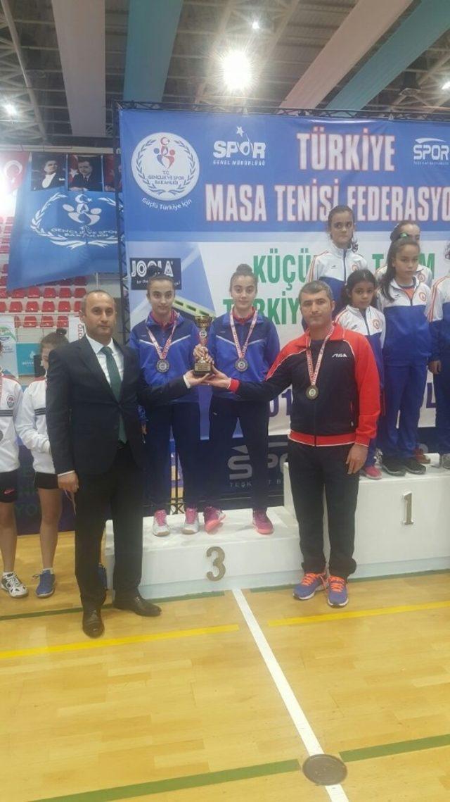 Belediye Masa Tenisi Takımı Türkiye üçüncüsü oldu